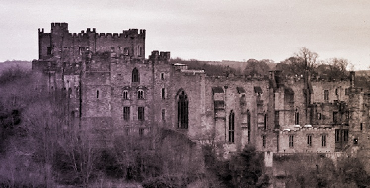 Black and white old fashioned photo of Durham University